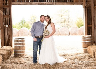 wedding couple in barn